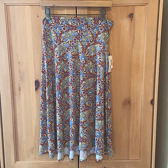 ~LuLaRoe~ Midi Skirt - Medium- New with Tags!